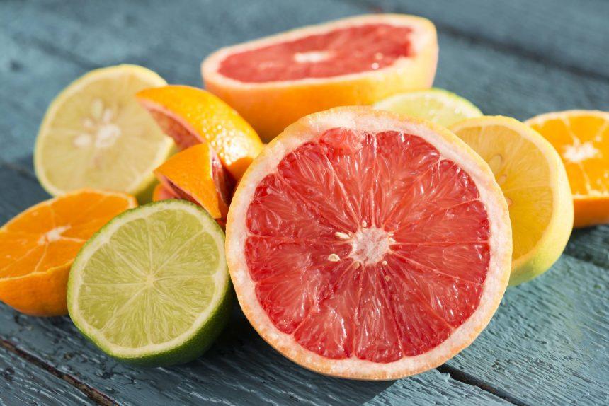 No compre estas frutas verdes: nunca madurarán